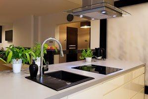 Wyspa kuchenna – warto czy nie warto?