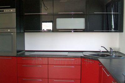 Czarny zlewozmywak granitowy Werbena 30 do kuchni czarnej czerwonej