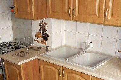 Granitowy zlewozmywak dwukomorowy Elios 20 do drewnianej kuchni
