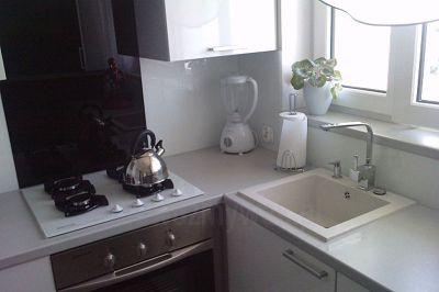 Zlew granitowy jednokomorowy Argo do jasnej kuchni